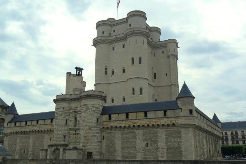 Il Castello di Vincennes fuori Parigi
