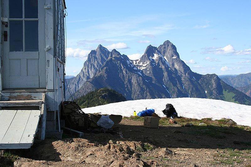 Vista del Monte Hozomee dal Desolation Peak