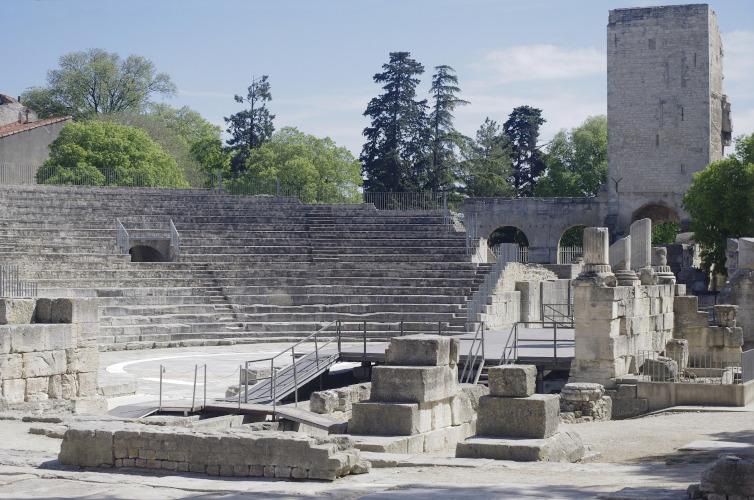 Immagine di reperti romani ad Arles